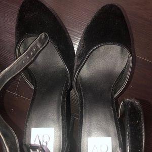 Dolce Vita Black suede block heels